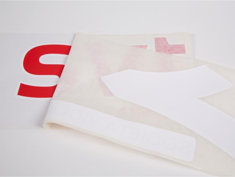 Realizzazione di adesivi prespaziati per l'azienda